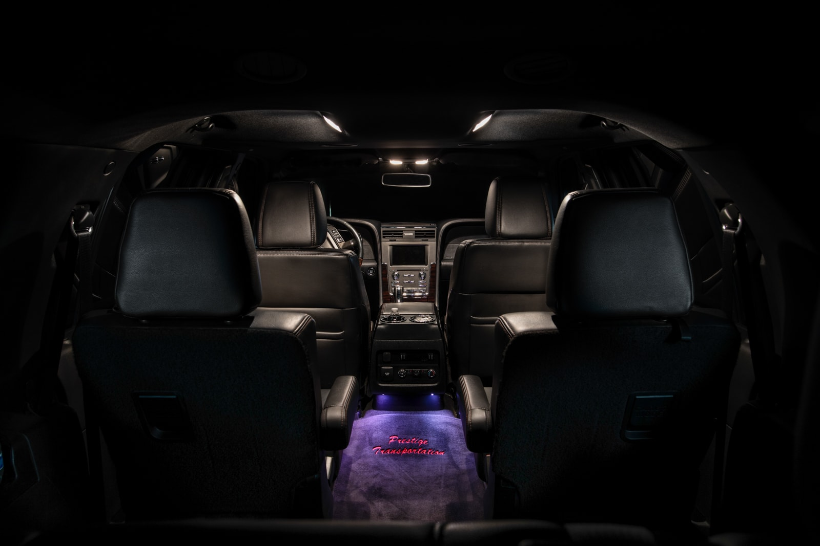 The luxury of the Lincoln Navigator front interior can't be beat and is a part of Prestige's limo rental fleet.
